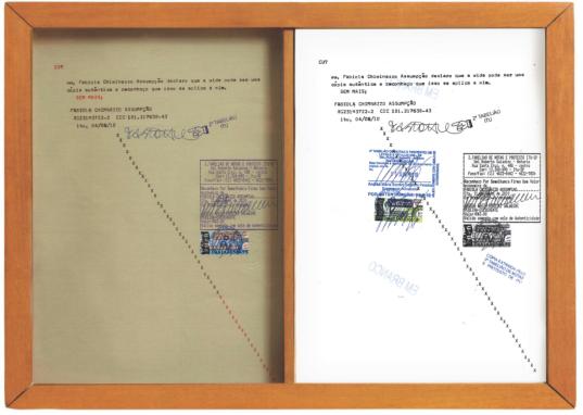 """Fabiola Chiminazzo . """"Verdadeira cópia"""", 2010 . carimbo, caneta e autenticação sobre papel . 23 x 60 cm"""