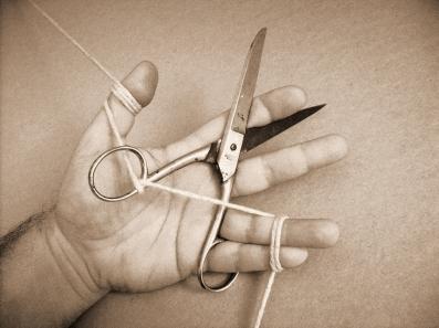 """Jorge Medeiros . """"Ensaio #3"""", série: """"Ensaio das Pequenas Torturas"""", 2013 . impressão jato de tinta sobre papel algodão . 20 X 26,5 cm"""