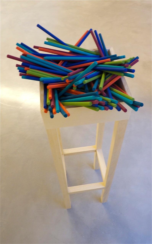 "Livia Paola Gorresio . ""Be my guest"", 2012 . acrilico e madeira . 1,30x0,30x0,3 0m"