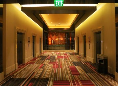 """Mari Nagem . """"Vivas Las Vegas III"""", 2014. Impressão sobre papel algodão. 60 x 80 cm"""