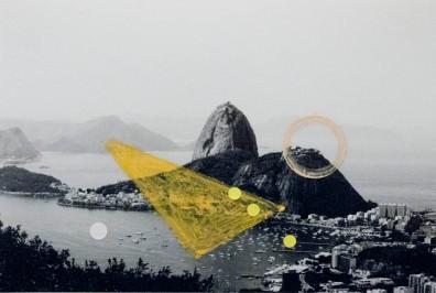 Alice Quaresma . Nest #13, 2014 . Série: Nest . Pastel a óleo e adesivo colorido sobre fotografia . 18 x 13 cm