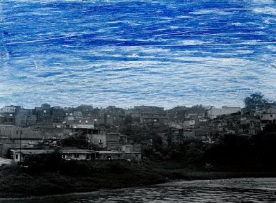 """Fernanda Pessoa, Estações, 2014. Pintura sobre película 35mm PB, finalizado em 16mm. 5', em loop. Exposição """"Estações"""", 18o Cultura Inglesa Festiva"""