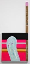 SANTACOSTA . Walkie Talkie, 2016. Tinta à oleo, acrílica, fita adesiva e madeira sobre tela. 122 x 55 cm