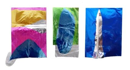 Thais Stoklos Sem titulo, 2017. Série: Brilho . Papel metalizado , 72 x 40 cm (24 x 35 cm, 21 x 40 cm, 26 x 36 cm) tríptico