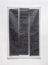 Márcia Morelli, Gate, 2018. papel japonês, papel carbono e linhas de costura. 97,5 x 64 cm