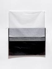 Márcia Morelli, Landscape, 2018. papel japonês, papel carbono e linhas de costura. 79 x 66 cm