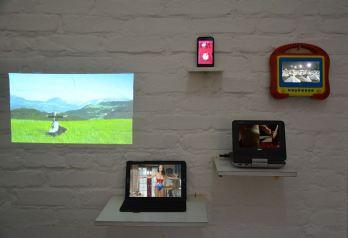 Luana Lins, Mulheres Rodadas, 2018, vídeo-instalação, dimensões variáveis