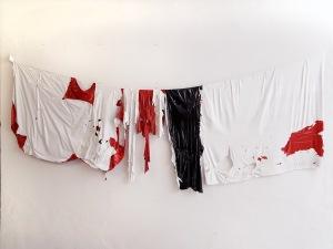 Fernando Soares, Varal, 2018. Tinta e nylon . 170x80 cm