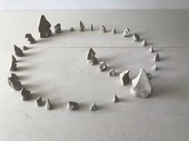 Paulo Sica   Sem Título (2019) - cerâmica . 10 x 80 x 80cm