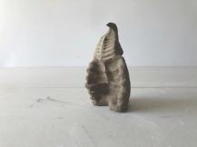 Paulo Sica   Sem Título (2019) - cerâmica . 16 x 9 x 6cm
